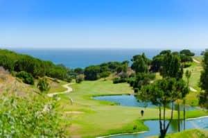 groene heuvels in Cabopino (Oost Marbella) met zeezicht & golfzicht