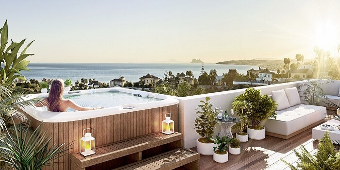 scenic appartement penthouse kopen estepona wandelafstand haven zeezicht jacuzzi