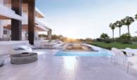 la cerquilla nueva andalucia moderne villa kopen tuin