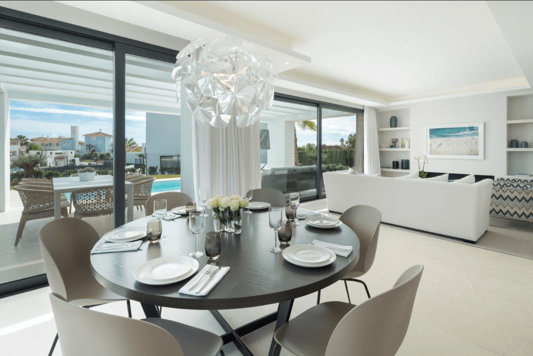 los olivos del paraiso benahavis moderne nieuwbouw villa te koop eetkamer
