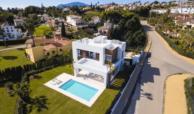 los olivos del paraiso benahavis moderne nieuwbouw villa te koop luchtfoto