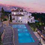 nine lions residences appartementen penthouses te koop nueva andalucia complex