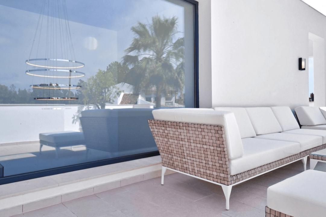 luxe moderne villa golden mile marbella kopen lounge
