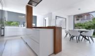 luxe moderne villa golden mile marbella kopen open keuken