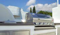 marbella real luxe penthouse appartement herverkoop kopen golden mile buitenkeuken