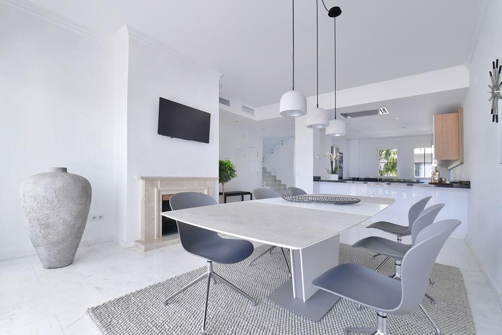 marbella real luxe penthouse appartement herverkoop kopen golden mile duplex