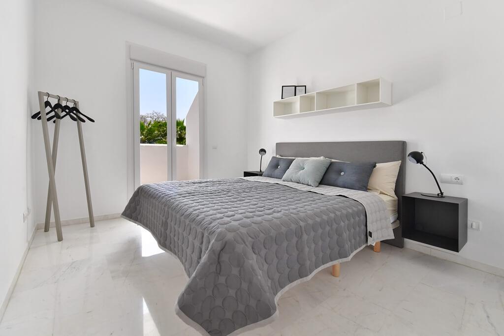 marbella real luxe penthouse appartement herverkoop kopen golden mile slaapkamer master