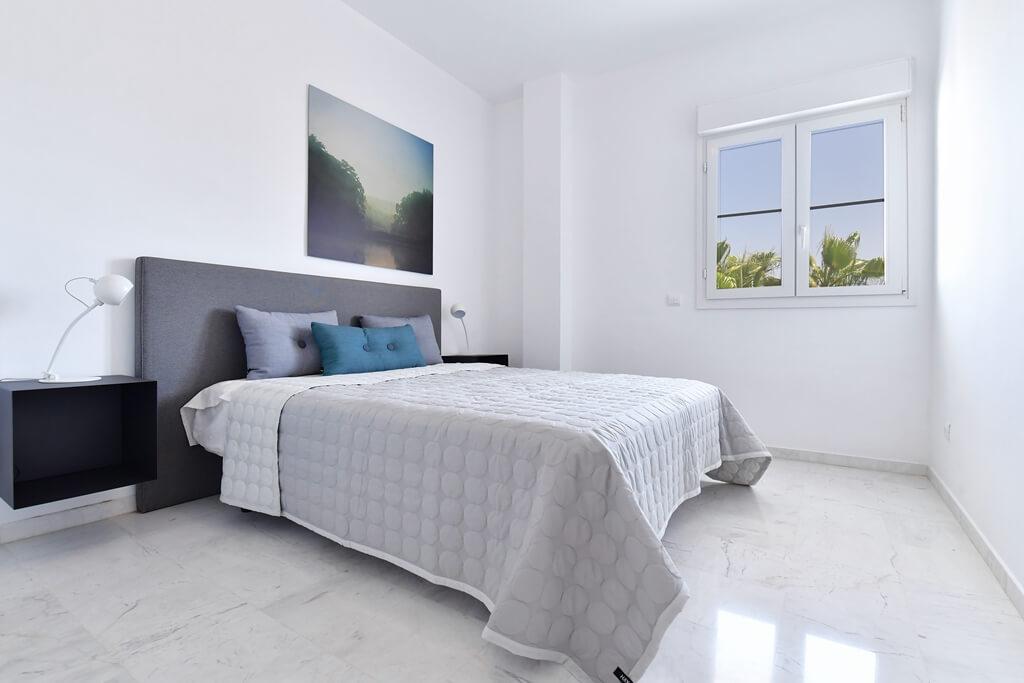 marbella real luxe penthouse appartement herverkoop kopen golden mile slaapkamer