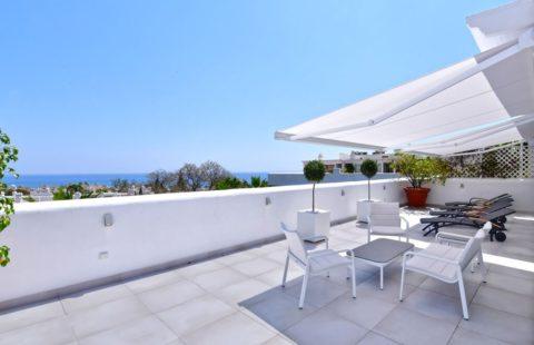 Marbella Real: uniek gerenoveerd penthouse op de Golden Mile (Marbella)