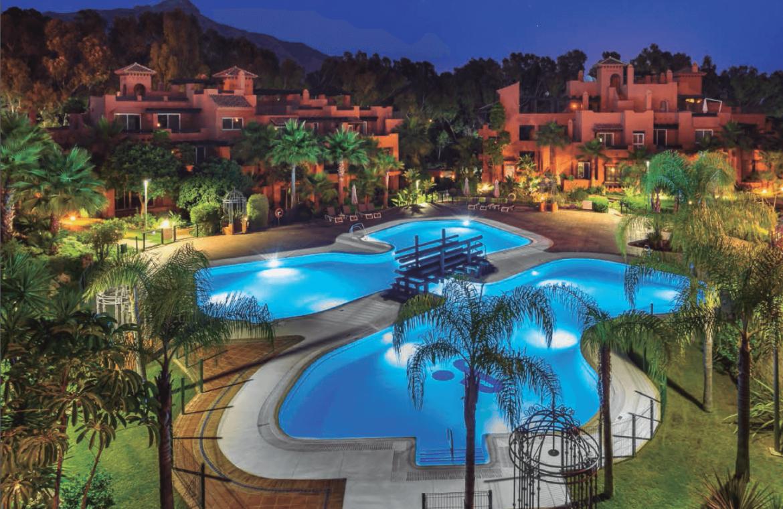 alminar de marbella nueva andalucia golf zeezicht mediterraans kopen nacht