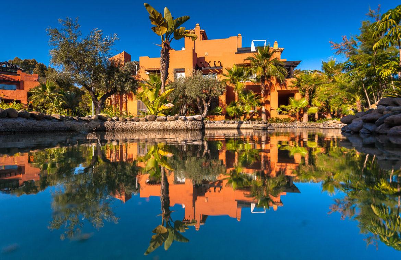 alminar de marbella nueva andalucia golf zeezicht mediterraans kopen zwembad