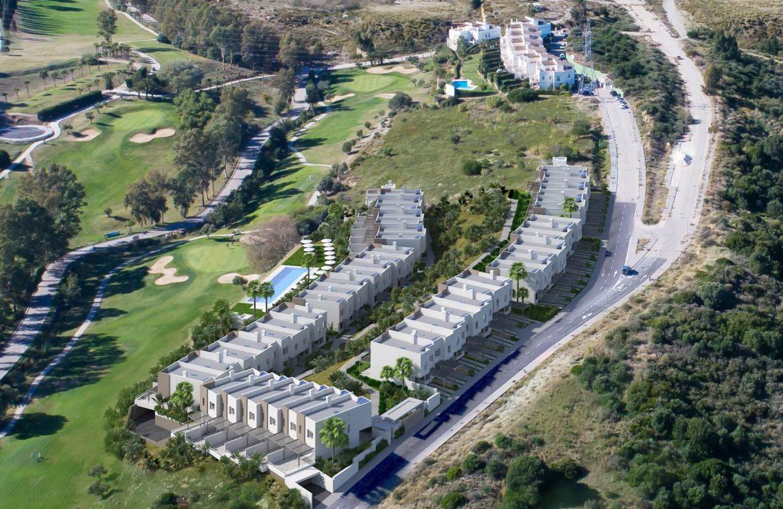 green golf moderne geschakelde huizen townhouses estepona eerstelijns golf te koop luchtfoto