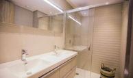 royal banus nueva andalucia taylor wimpey nieuwbouw te koop wandelafstand zee badkamer