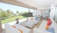 horizon beach zeezicht eerstelijns strand estepona nieuwbouw appartement te koop terras 2