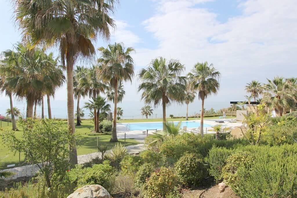 horizon beach zeezicht eerstelijns strand estepona nieuwbouw appartement te koop