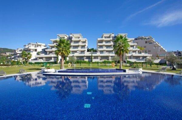 los arrayanes golf los arqueros golf benahavis marbella penthouse te koop zeezicht modern complex