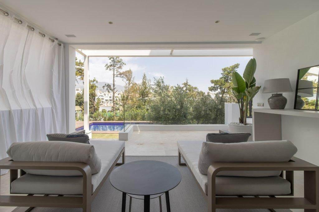 senorio de vasari marbella golden mile exclusief appartement penthouse kopen nieuwbouw modern design lounge