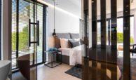 moderne villa milano nueva andalucia marbella costa del sol bergzicht zeezicht te koop luxe bed
