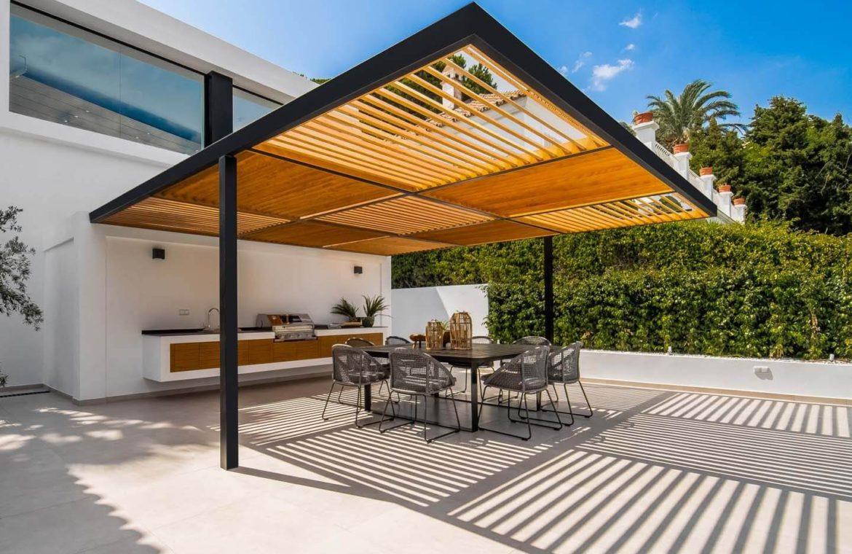 moderne villa milano nueva andalucia marbella costa del sol bergzicht zeezicht te koop luxe buitenkeuken