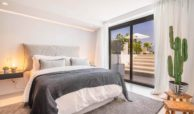 moderne villa milano nueva andalucia marbella costa del sol bergzicht zeezicht te koop luxe gelijkvloers