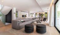 moderne villa milano nueva andalucia marbella costa del sol bergzicht zeezicht te koop luxe living