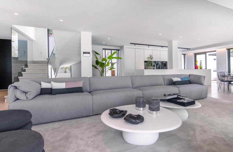 moderne villa milano nueva andalucia marbella costa del sol bergzicht zeezicht te koop luxe salon
