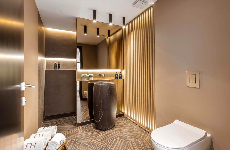 moderne villa milano nueva andalucia marbella costa del sol bergzicht zeezicht te koop luxe toilet