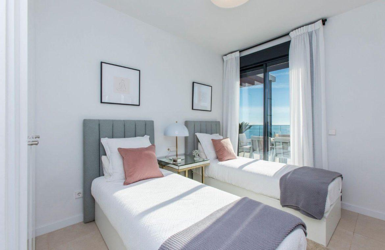 middel views fuengirola costa del sol spanje appartement kopen zeezicht wandelafstand strand golf bed