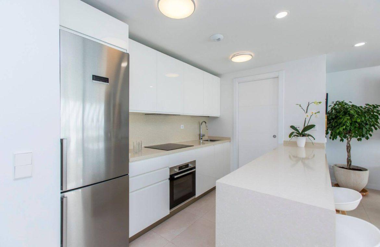 middel views fuengirola costa del sol spanje appartement kopen zeezicht wandelafstand strand golf keuken