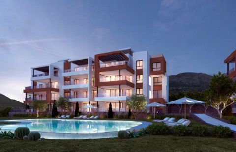 Middel Views: modern project met panoramisch zeezicht in Fuengirola