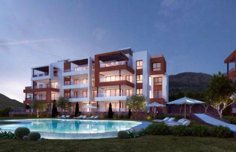 Middel Views: modern project met panoramisch zeezicht in Fuengirola