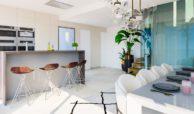 ocean 360 villa te koop costa del sol spanje benahavis marbella zeezicht luxe modern keukeneiland