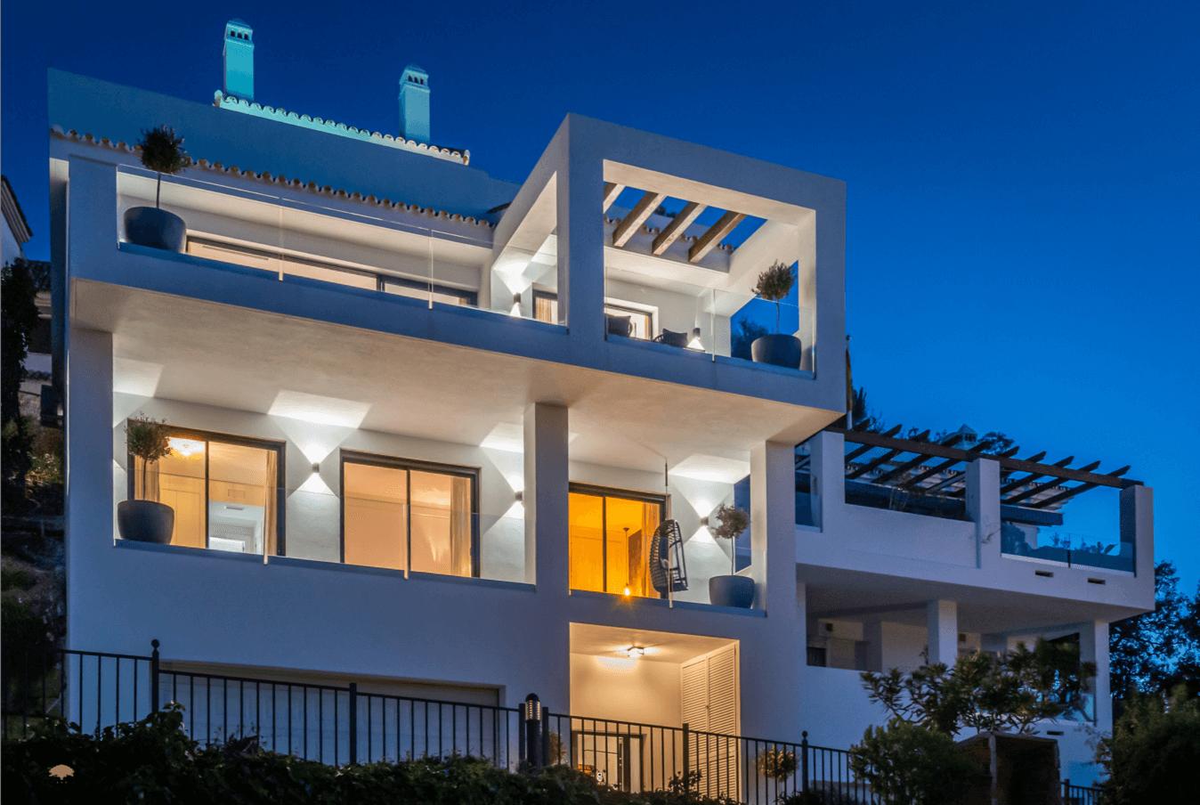 oakhill heights la mairena elviria costa del sol spanje vernieuwd huis te koop zeezicht kleinschalig design