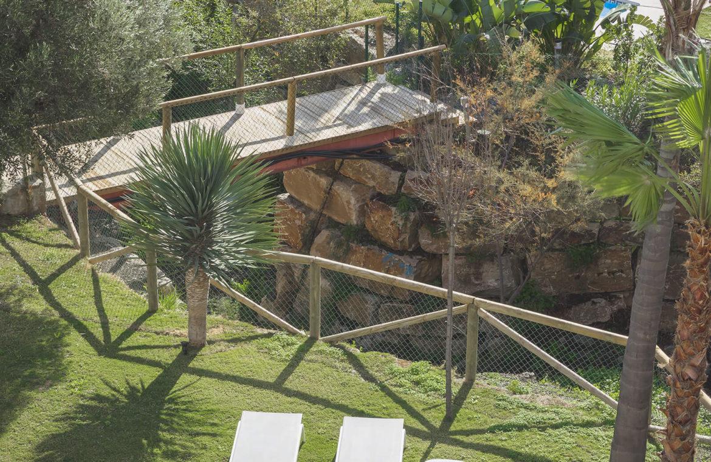 paraiso pueblo benahavis new golden mile marbella estepona vernieuwde appartementen te koop resort concierge zee golf tuin