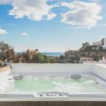 paraiso pueblo benahavis new golden mile marbella estepona vernieuwde penthouse te koop resort concierge zee golf jacuzzi