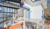 paraiso pueblo benahavis new golden mile marbella estepona vernieuwde penthouse te koop resort concierge zee golf terras