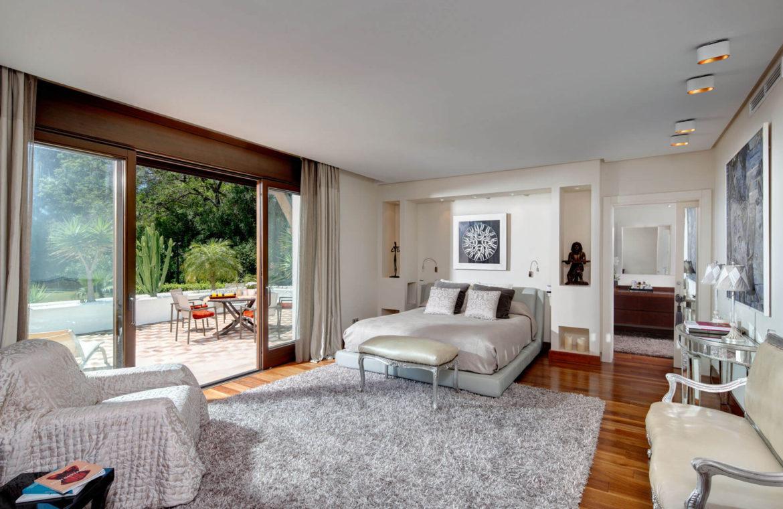 rio verde marbella villa te koop wandelafstand puerto banus prijsdaling koopje slaapkamer