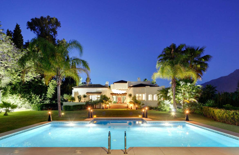 rio verde marbella villa te koop wandelafstand puerto banus prijsdaling koopje zwembad