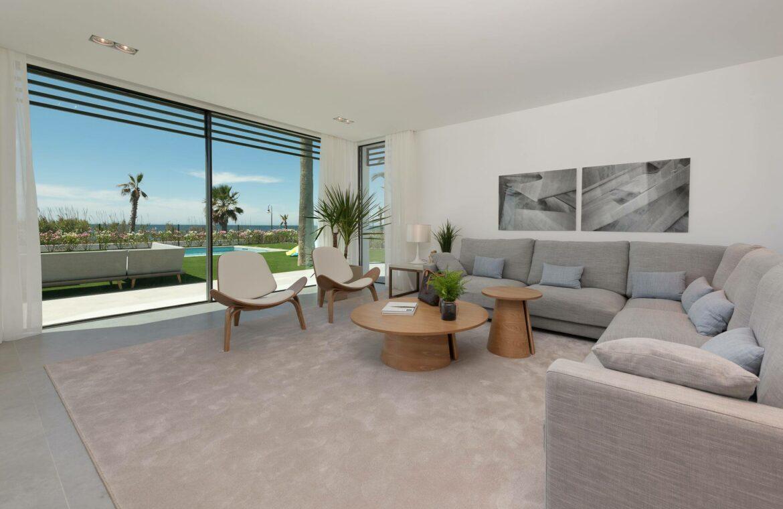 villa imare new golden mile estepona costa del sol spanje eerstelijns zee strand nieuwbouw villa grondplan salon