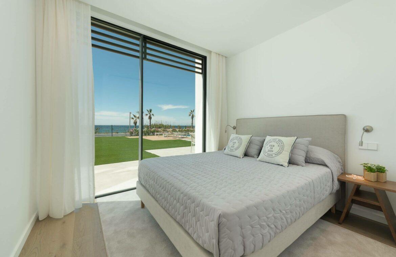 villa imare new golden mile estepona costa del sol spanje eerstelijns zee strand nieuwbouw villa grondplan slaapkamer