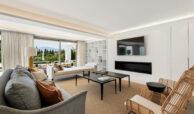 casa chequers el paraiso estate villaroel modern klassiek villa costa del sol spanje living
