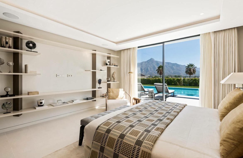 casa liceo nueva andalucia marbella costa del sol golf spanje villa hoofdslaapkamer