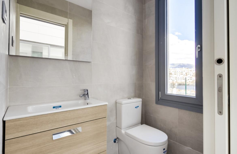 La Quinta de Cerrado villa nieuwbouw La Cala Mijas Costa del Sol Spanje te koop Vamoz golf zeezicht toilet