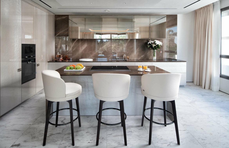 epic vamoz marbella golden mile costa del sol spanje appartement penthouse kopen luxe exclusief zeezicht keukeneiland