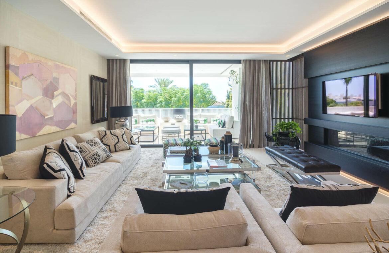 epic vamoz marbella golden mile costa del sol spanje appartement penthouse kopen luxe exclusief zeezicht salon