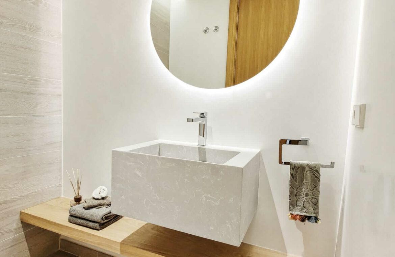 olivos real de la quinta benahavis costa del sol spanje vamoz marbella resort zeezicht blok 6 toilet